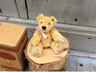 Steiff miniatuur Beertje geel mohair nr 10