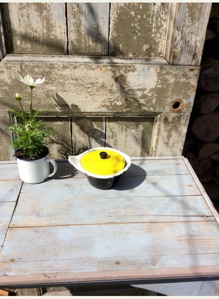 Zwart sauspannetje geel
